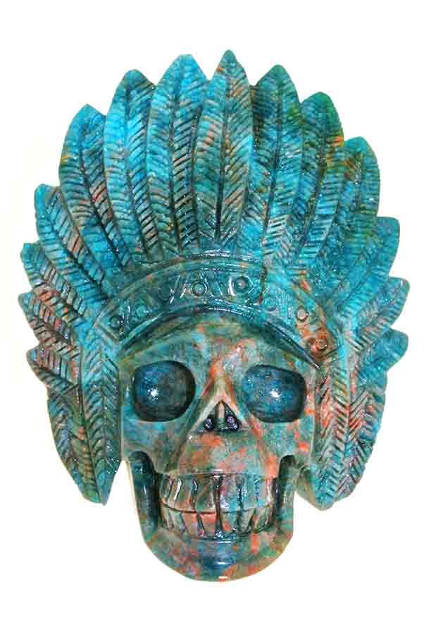 blauwe met rode apatiet indianen schedel, 12.5 cm, 911 gram