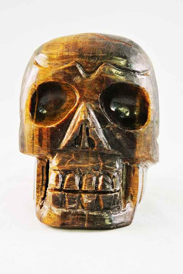 Tijgeroog crystal skull, 9.5 cm, 1.1 kg