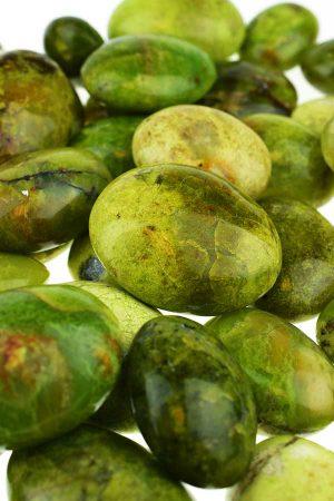 groene opaal kopen, green opal, stenen, knuffelsteen, steenb, trommelsteen, trommelstenen, gepolijst, knuffelstenen