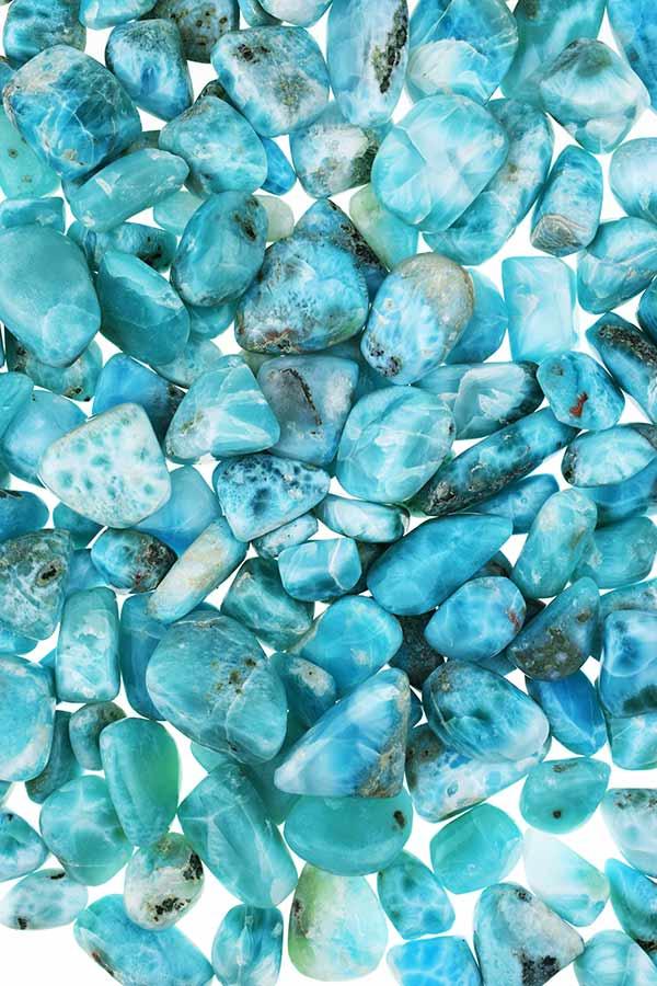 Larimar uit de Dominicaanse Republiek, Larimar steen, handgepolijst. trommelsteen, knuffelsteen, stenen, edelstenen, mineralen, edelsteen, blauw, kopen,