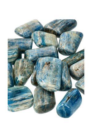 Kyaniet handgepolijste stenen uit Brazilië met prachtig iriserende glans