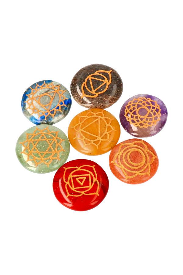 Chakra legger set in fluwelen etui. 7 ronde platte chakra stenen van 3 cm per stuk